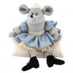 Авторская игрушка О.Ярмольник Мышка на подушке